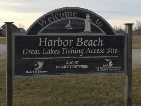 Welcome to Harbor Beach sign.