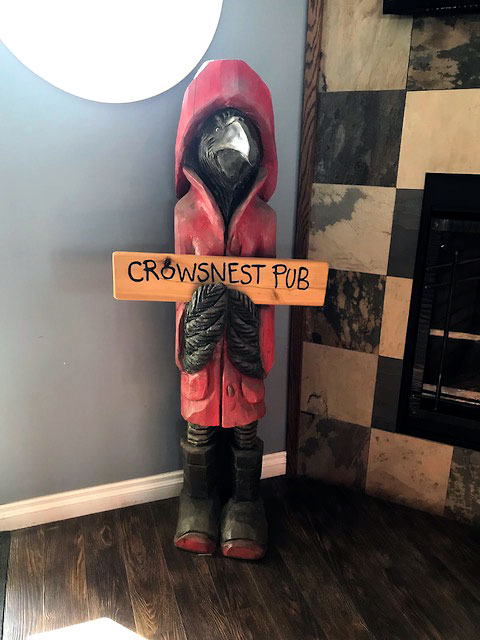 Crowsnest Pub & Restaurant 5 Bay St, Tobermory, ON N0H 2R0, Canada 5-23-18.